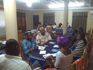 Foto para tema 2 cambiar politics para mujeres 4.0Group work with some policy stakeholders (local chiefs)