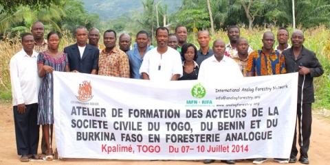 La Forestería Análoga en África Occidental: Taller con Les Compagnons Ruraux